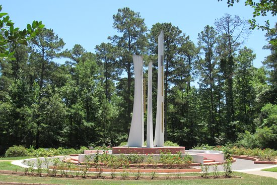 Gardens of the American Rose Center: Windsounds Carillon Tower. A highlight.