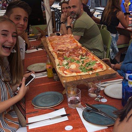 Sale & Pepe Pizzeria - Barrio Photo