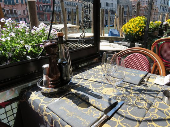 Ristorante Canal Grande : View next to the canal