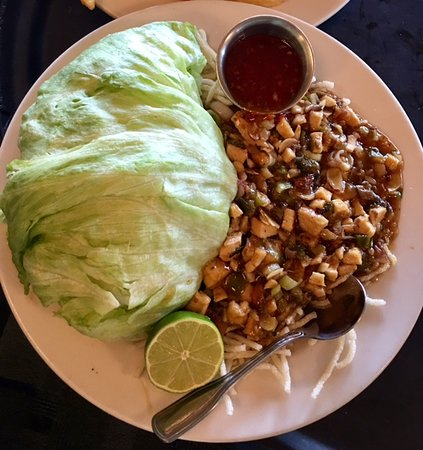 Winona Lake, IN: The Boathouse - Oriental Lettuce Wrap