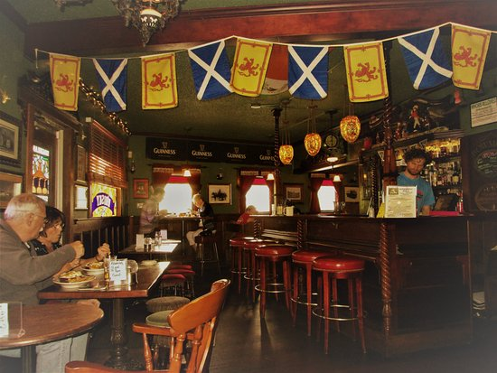 The Highland Stillhouse Pub: interior