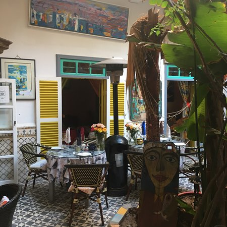 Caravane Cafe Photo