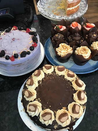Black Gold Café Ltd: Lovely vegan cakes