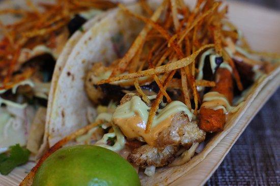 Tommy Bahama Marlin Bar: Roasted Veggie Tacos
