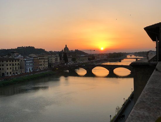 Antica Torre di Via Tornabuoni: Sunset from the terrace of the Panoramic Suite
