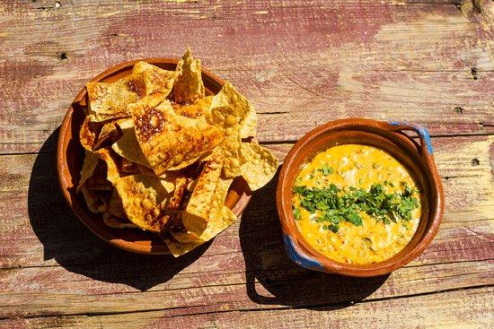 Al Campo: Chips and Queso