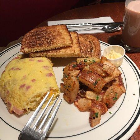 Mimi's Cafe Image