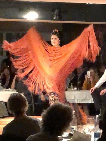 Tablao Flamenco Las Carboneras: Fiery Dancer!