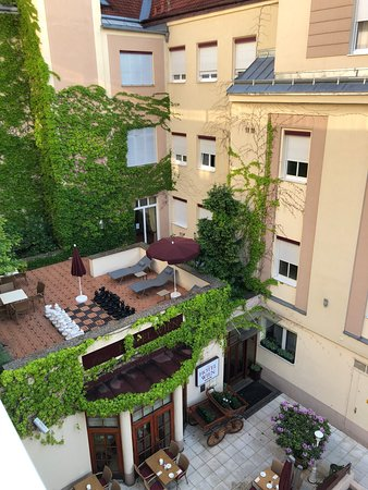 Austria Classic Hotel Wien: View from room 350