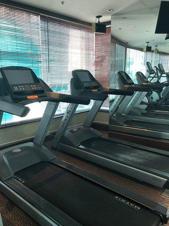 Lan Kwai Fong Hotel @ Kau U Fong: Gym at Lan Kwai Fong Hotel