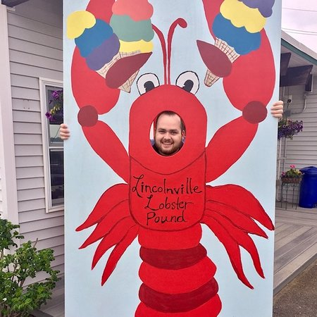 Lobster Pound Restaurant: Logan stopped quick for a photo op