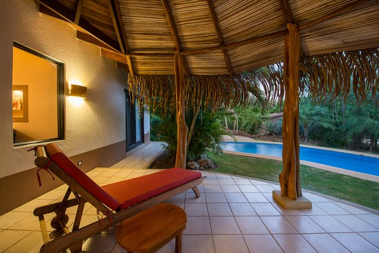 Tamarindo Dreams Hotel & Villas: Terrace and Private Pool
