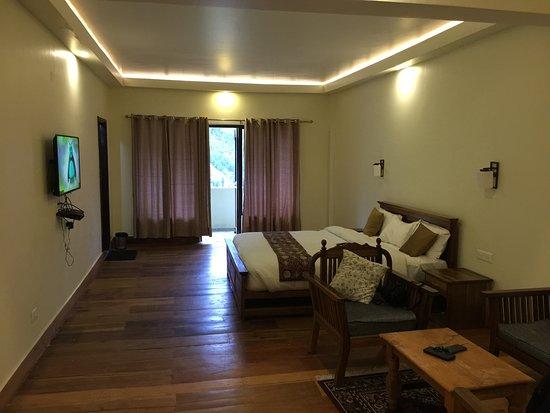 Norphel Retreat: Platinum Super Deluxe room river facing