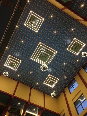 Norphel Retreat: Lobby Ceiling Good decor choice
