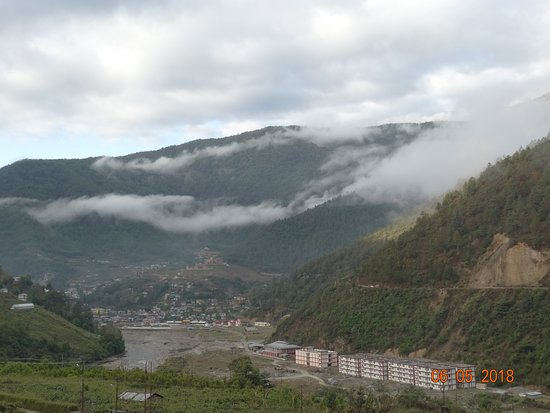 Norphel Retreat: The river flowing out