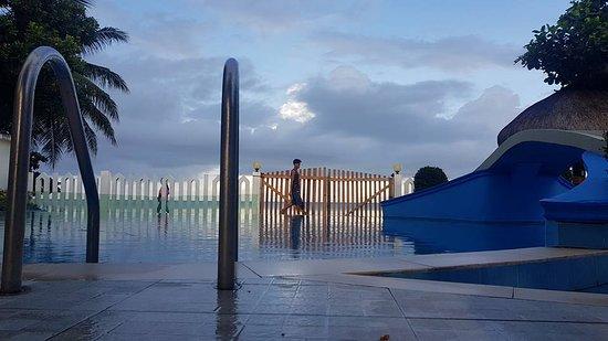 AGM Beachfront Resort : Pgoto by Nelson Osial