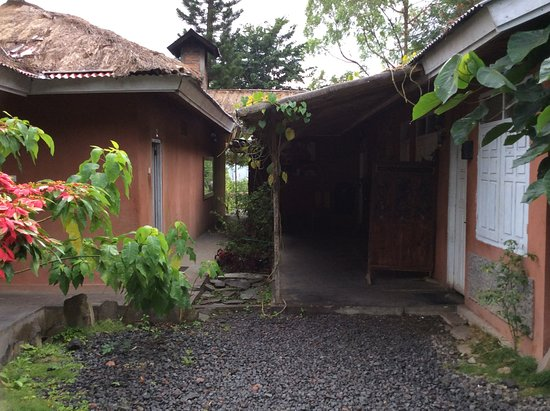 Manulalu Bed and Breakfast Photo