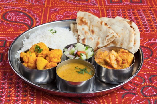 All India Cafe: Vegetarian Thali- Dinner combination.