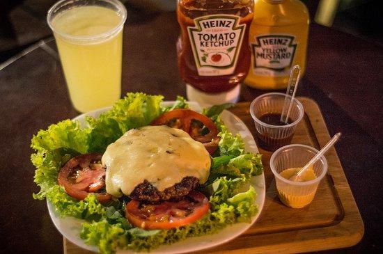 Vik's Burger: Low Carbo