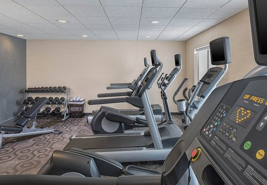 Branchburg, NJ: Health club