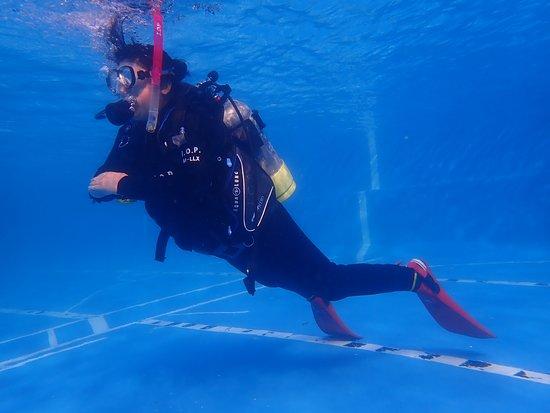 Izu Oceanic Park Diving Center - I.O.P.: Peak Perfomance Buoyancy Control