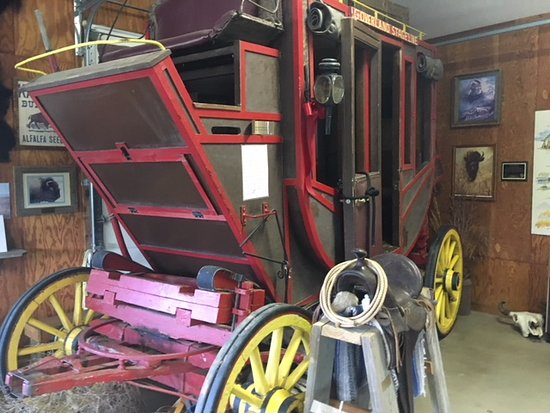 Maxwell Wildlife Refuge : Stage coach inside the gift shop and museum.