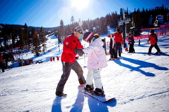 One Day Snowboard Tour at Vivaldi...
