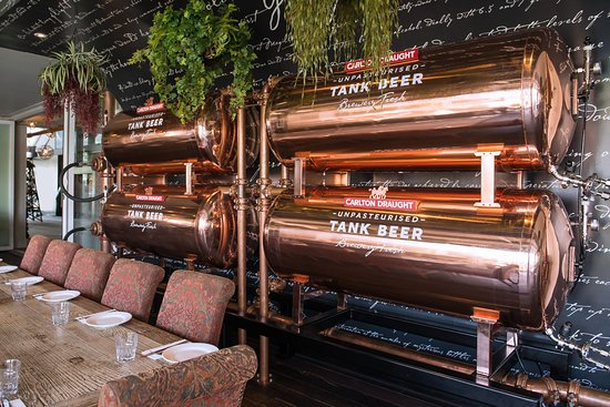 Patterson Lakes, Australia: Tank Beer available at The Cove