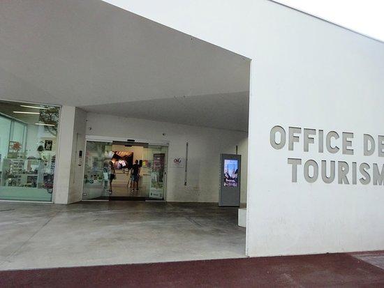 Office de Tourisme de Bayonne: ツーリスト・インフォメーション
