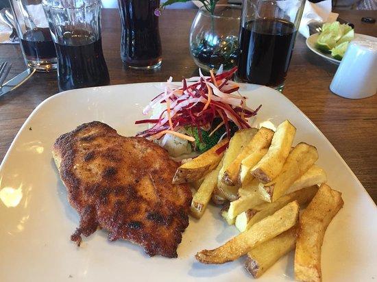 Apu Veronica Restaurant: pollo con papas