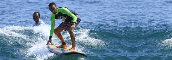 Pecatu, Indonesia: Dreamland Surf School
