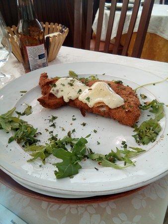 La Sirenetta: Escalopes panée avec fromage fondu