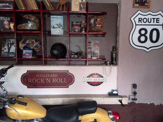 Route 80: Restaurant Route80 interior