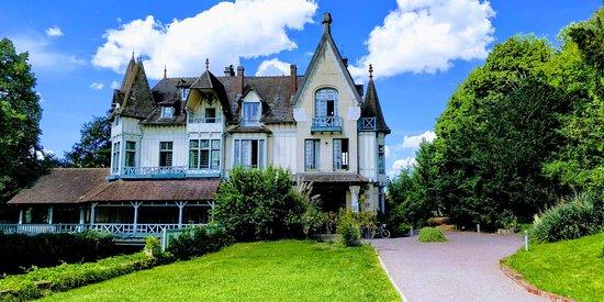 Connelles, Fransa: IMG_20180603_155017_large.jpg