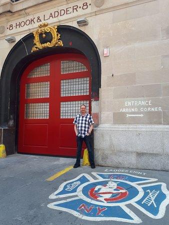 Visite New York: excursion sur les lieux de tournage des émissions télévisées et du cinéma: Ghostbusters HQ