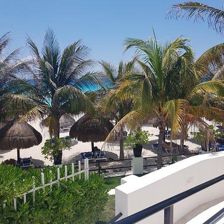 Flamingo Cancun Resort Photo