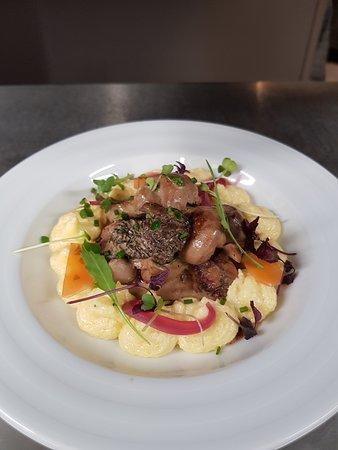 La Brasserie du 20: Ce midi le chef vous propose son rognon de veau, polenta aux morilles et au Xérès.