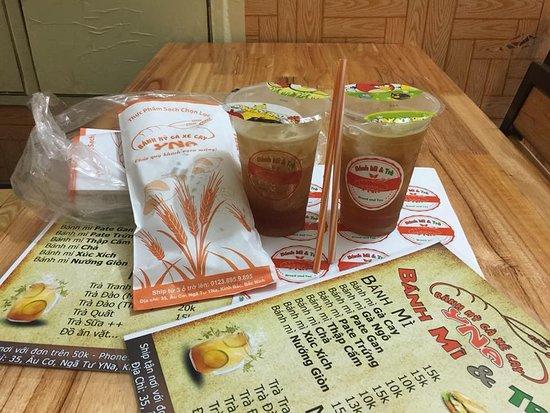 Bánh Mì Gà Xé Cay: Trà chanh, trà đào, trà quất, trà sữa...nguyên liệu pha chế tuyển chọn.