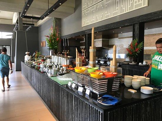 Beyond Resort Khaolak : Breakfast
