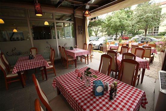 Jadica Fish & Grill: Terrasse