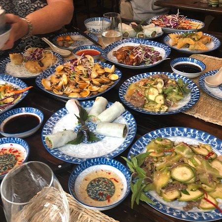 Ngon Villa Restaurant Photo