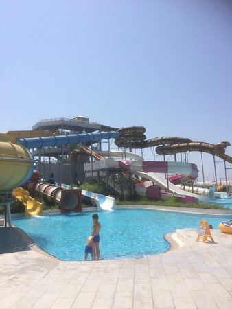 Sueno Hotels Deluxe Belek: Flumes and slides