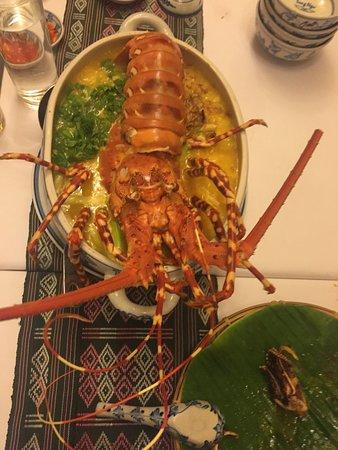 Song Ngu Seafood Restaurant: 3,500,000 VND