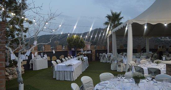 Arenas, Spain: Zona de aperitivos y salón exterior
