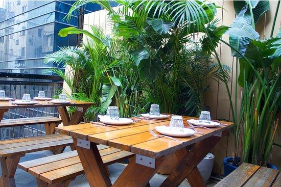 Maison Libanaise : Outdoor seating area