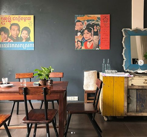 The Little Red Fox Espresso: Second floor seating is available upstairs with vintage interior.