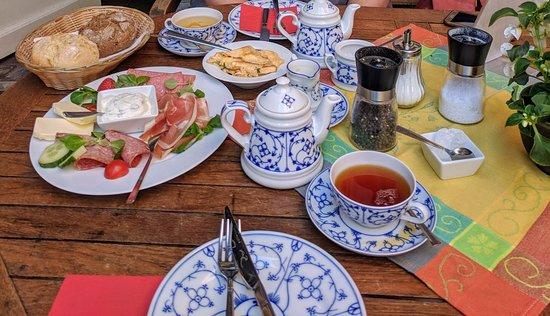 Teestuebchen im Schnoor: IMG_20180606_112935~2_large.jpg