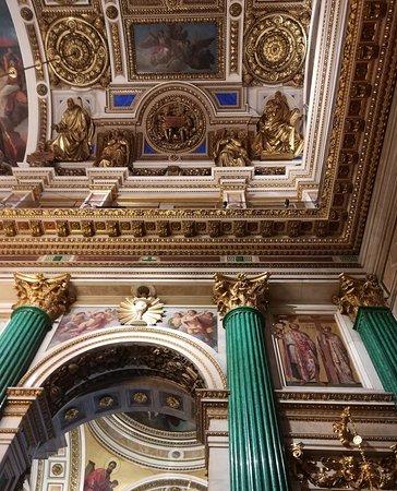 圣以撒大教堂照片