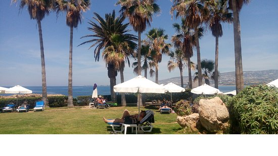 Cynthiana Beach Hotel: один из пляжей
