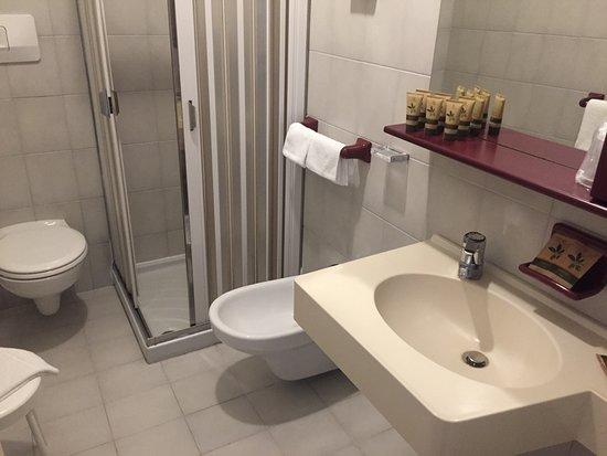 MyLago Hotel: Bad mit Dusche